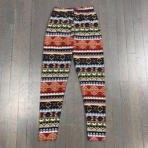 Ashley by 26 International Printed Leggings Pants
